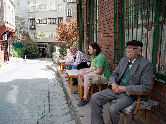 Three generations of kofte makers