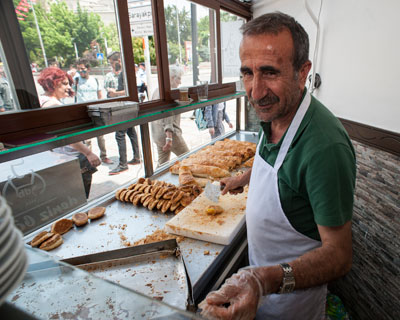 Deniz Börek Salonu in Edirne, photo by Theodore Charles