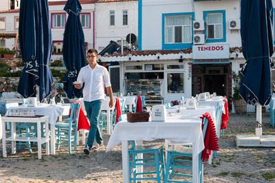 Tenedos Balık Restaurant, photo by Theodore Charles
