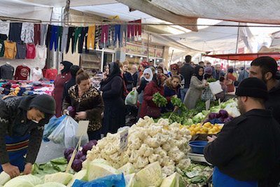 The Tarlabaşı Sunday Market, photo by Paul Benjamin Osterlund