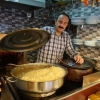 Meşhur Tarihi Kalkanoğlu Pilavcısı: Smell Business Owners